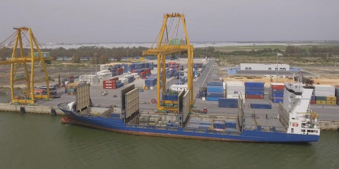 Puerto de Huelva   Carguero
