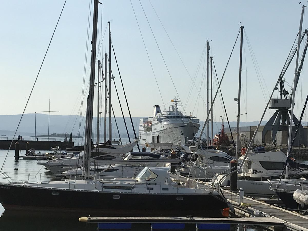 Puerto de Vilagarcu00eda   Ocean majesty