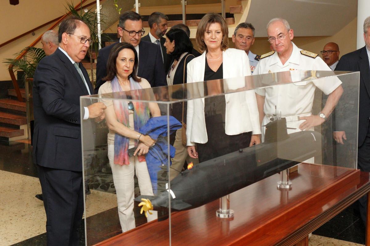 Navantia   Ministra de defensa   Cartagena   S80