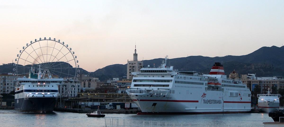 Puerto de Mu00e1laga   Coinciden tres buques destino Melillla