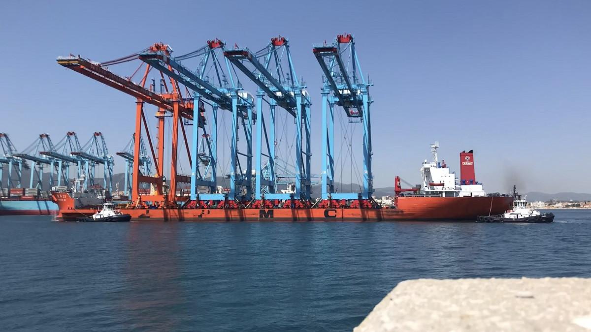 Puerto de Algeciras   Coscos Shipping   ATM    zhen Hua   2