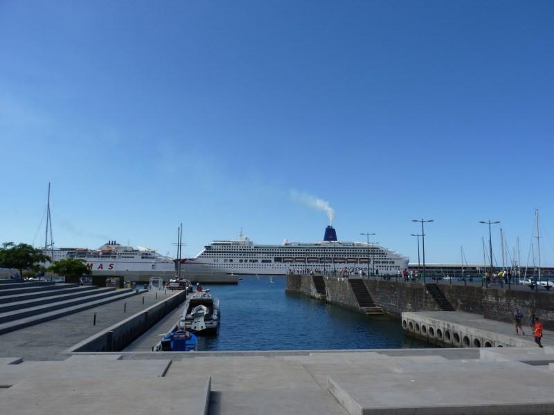 Puerto de Madeira   Funchal