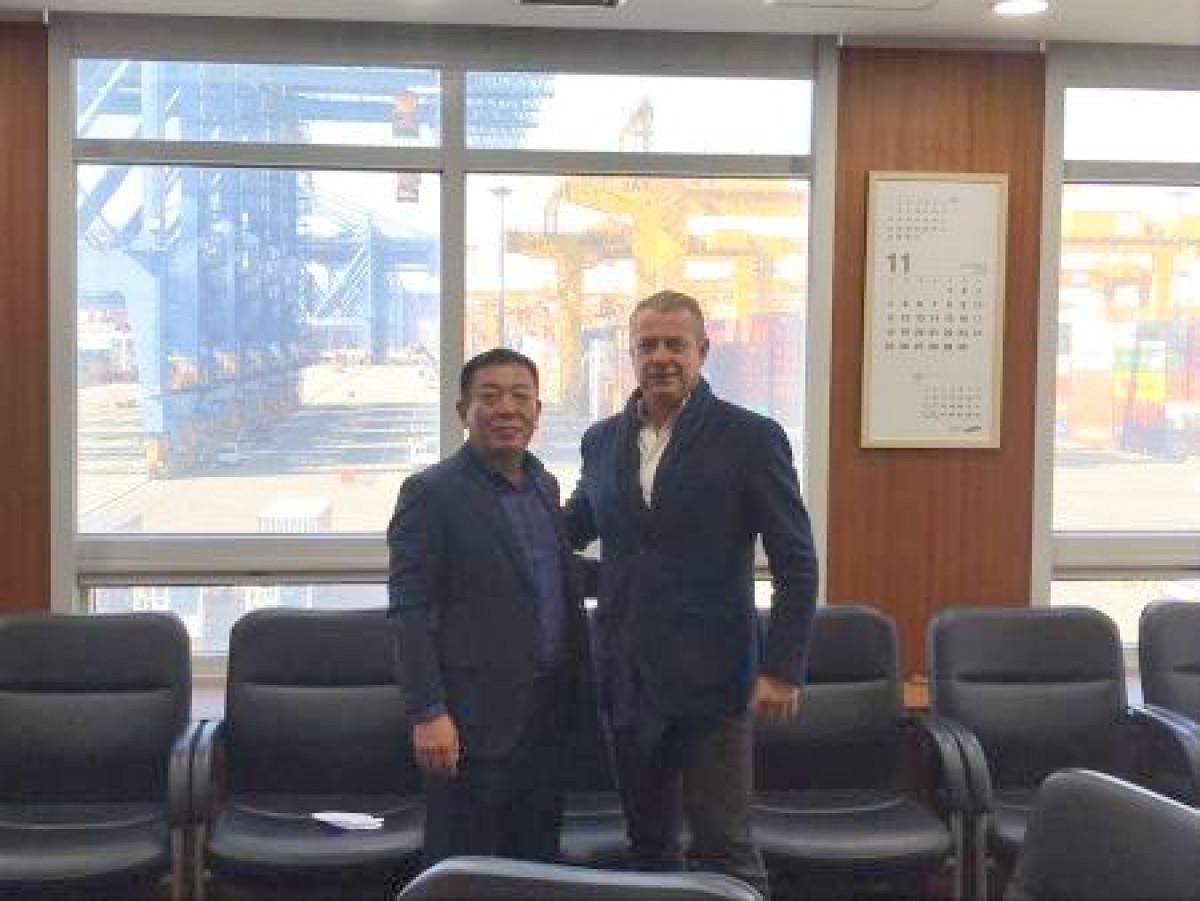Coordinadora   Miguel Rodru00edguez   Estibadores coreanos