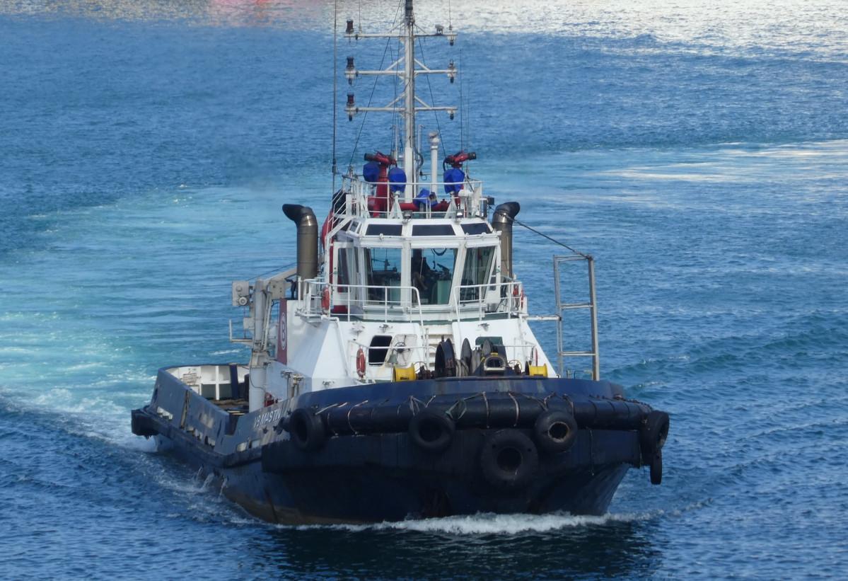 Puerto de Las Palmas   Remolcador   Boluda