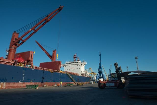 Puerto de Cartagena   contenedores 32