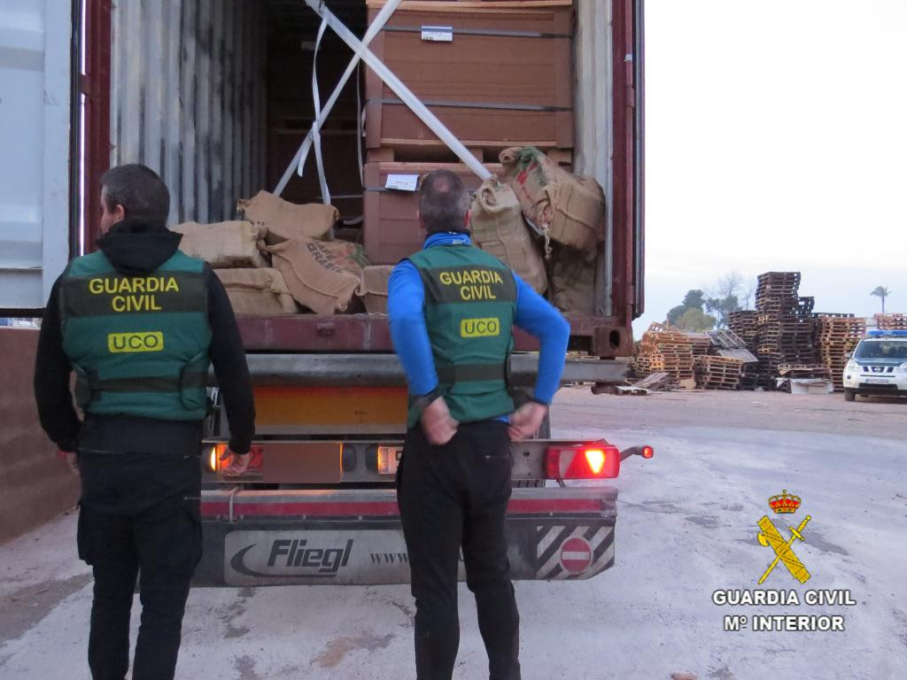 Guardia Civil   Cocaina   Contenedor   Puerto de Valencia