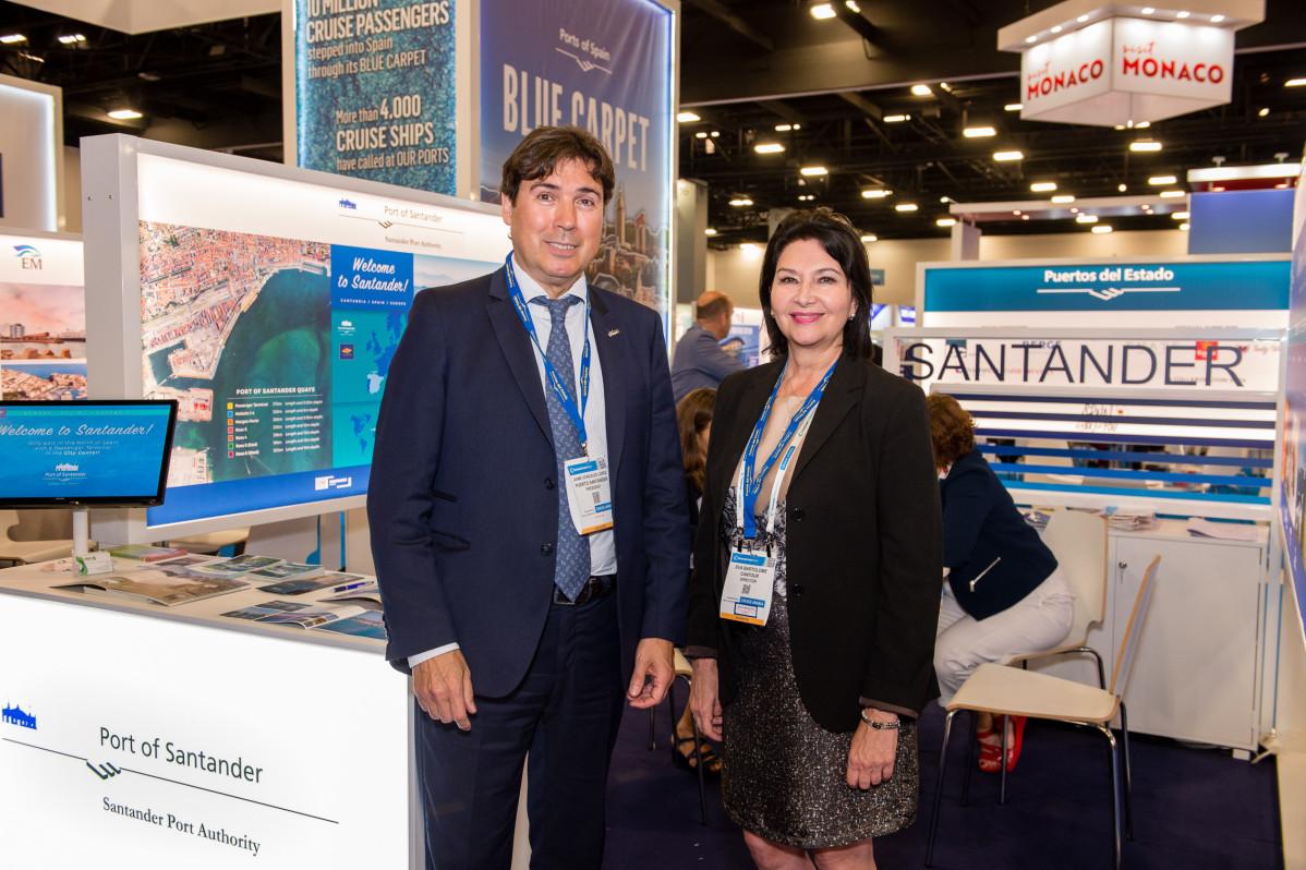 Stand del Puerto de Santander en la Feria de Cruceros de Miami110420191113310917