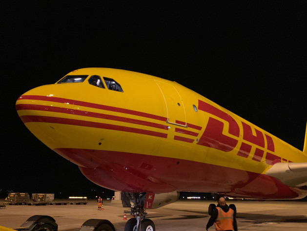 DHL   A330 200F Night